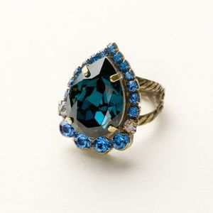 Sorrelli Dress Blues Pear Ring